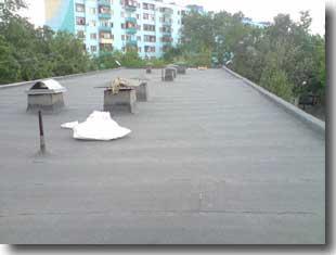 Плоская крыша.