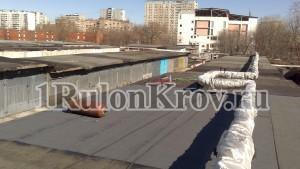Выполненный ремонт мягкой кровли на гараже в Москве